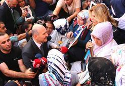 Bakan Soylu Diyarbakır Annelerini ziyaret etti