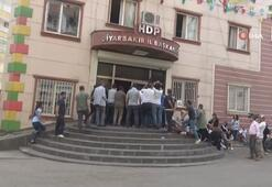 HDP il binası önünde gergin anlar
