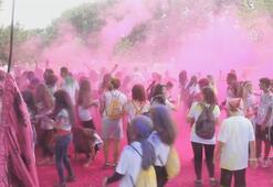 Bursada Renkli koşu festivali