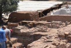 Antik Sardes'i deprem yıkmış