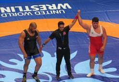 Rıza Kayaalp, Dünya Güreş Şampiyonasında finalde