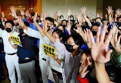 Hong Kongda bu kez sağlık çalışanları sokağa çıktı