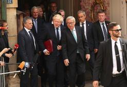 AB ve İngiltere yüzleşti Johnson erteleme istemiyor...