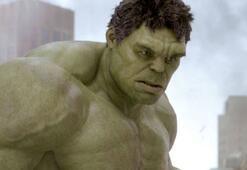 Hulku canlandıran Mark Ruffalo'dan Boris Johnsona Brexit cevabı