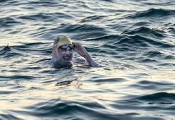 Sarah Thomas: Manş Denizini 4. kez hiç durmadan geçen ilk yüzücü oldu