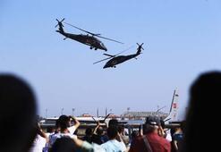 S-70 Black Hawk helikopterlerinden nefes kesen gösteri
