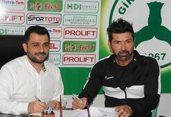 Giresunsporda Hakan Kutlu imzaladı