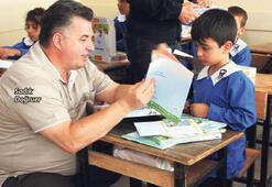 Kınık'ta miniklere eğitim seti