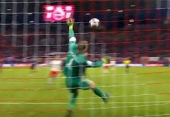 Manuel Neuerden inanılmaz kurtarışlar