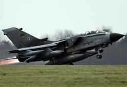 Almanyada Tornado jetinin yakıt tankları düştü