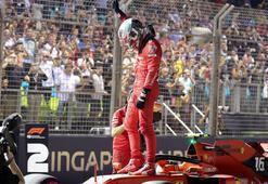 Singapurda pole pozisyonu Leclercin