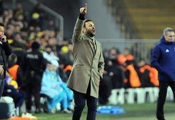 Okan Buruk, Beşiktaş'a karşı ilk peşinde