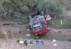 Sivas'ta trafik kazası Ölü ve yaralılar var