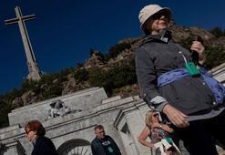 Mahkeme kararını verdi: Franconun mezarı eşinin yanına taşınacak