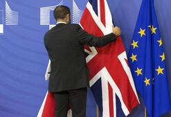 İngilterede erken seçim yolu açılıyor