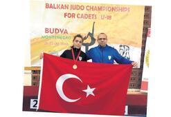 Manisa'nın gururu Fidan Ögel Balkan Şampiyonu