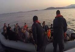 Ege Denizinde lastik botlarda 132 göçmen yakalandı