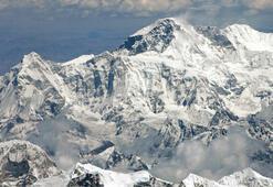 Himalayalardaki buzulların yarısından fazlası eriyebilir