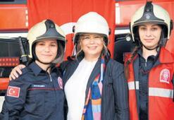 AK Partili Aydemir gönüllü itfaiyeci oldu