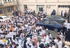 Üniversitelilerin deprem eylemi