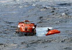 Su alan yatın imdat çağrısına lüks yolcu gemisi cevap verdi
