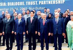 Şentop'tan Kazakistan'da 'Ağıt  yakmayalım birlik olalım' mesajı