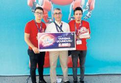 Üçüncülük ödülü İzmir takımının