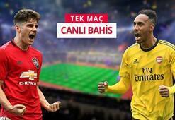 Manchester United - Arsenal Old Trafforddaki zorlu mücadeleyi Misli.comda canlı oyna...