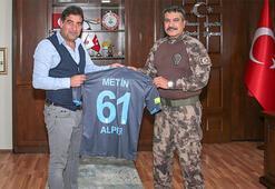 Ünal Karamandan Trabzon İl Emniyet Müdürü Alpere ziyaret