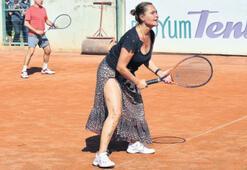 Yırtmaçlı  tenis