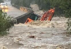 Ülke alarma geçti, korkutan uyarı Man Adası sular altında kaldı