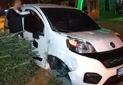 Samsunda 2 otomobile çarpan aracın sürücüsü kaçtı
