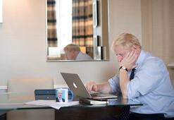 Johnsondan ABye son teklif: İrlandada gümrük kontrolleri öngörülüyor