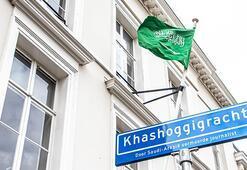 Hollandada Kaşıkçının adı sokağa verildi