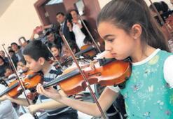 Narlıdere'ye Çocuk Senfoni Orkestrası