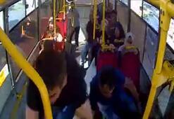 Avcılarda 5 kişinin yaralandığı kaza anı otobüs kamerasında