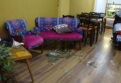 Kafedeki müşteriler hayatlarının şokunu yaşadı Bir anda daldı
