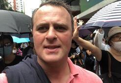 Avustralyalı milletvekili Hong Kongda protestocularla yürüdü