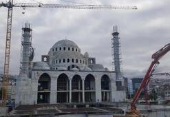 Cami inşaatında çökme Yaralılar var