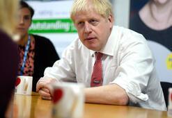 Johnsondan çevrecilere: Esrar kokan huysuzlar