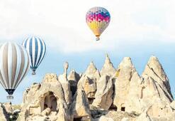 Kapadokya yüz binleri uçurdu