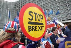 Brexit karşıtları Brüksel sokaklarında