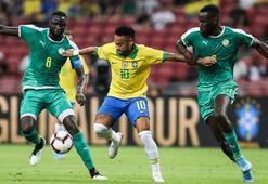 Neymar milli takımda 100. maçına çıktı