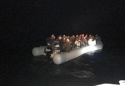 İzmirde 51 göçmen yakalandı