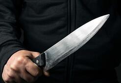 Kendisini aldattığını iddia ettiği eski eşi ve sevgilisini bıçakladı