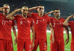 Hakan Çalhanoğlu: Bu galibiyet Mehmetçiklerimize armağan olsun