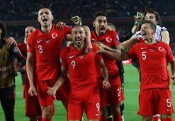 Spor yazarları Türkiye - Arnavutluk maçını değerlendirdi