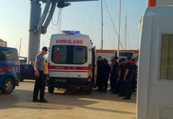 Ayvalıkta tekne battı...1 çocuk öldü 33 göçmen kurtarıldı, bir bebek aranıyor