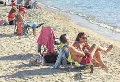 Havayı fırsat bilenler sahillere akın etti
