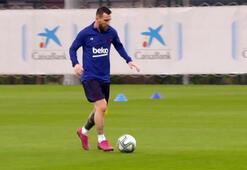 Barcelonada sakatlıklardan kurtulan futbolcular çalışmalara başladı